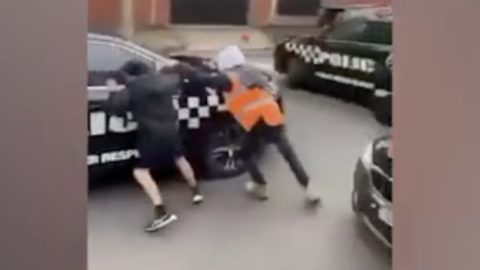 Police Cars Get Chased Away In Melbourne, Australia!